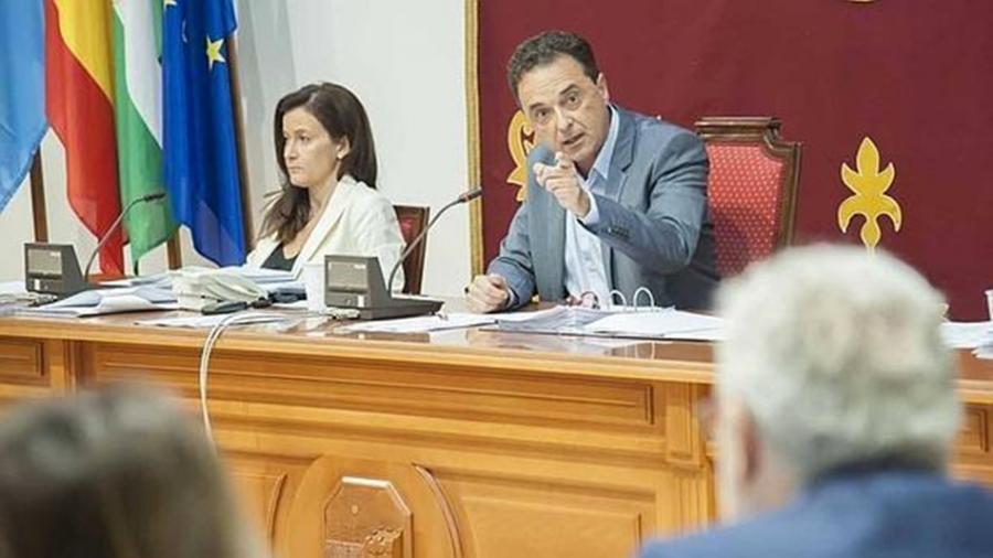 Actualidad Actualidad El Partido Popular interpone una querella contra el Alcalde José Ortiz, por prevaricación administrativa