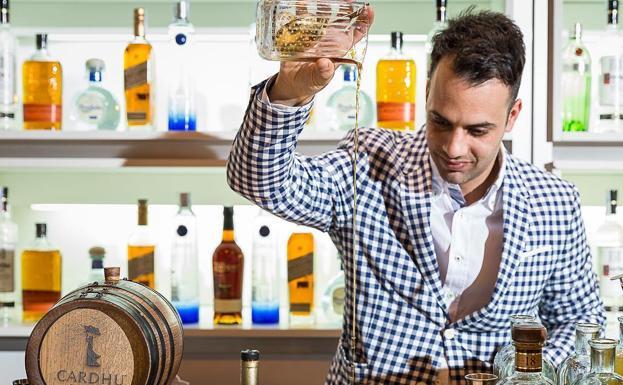 Actualidad Actualidad Fallece el malagueño Ángel Arruñada, mejor bartender de España